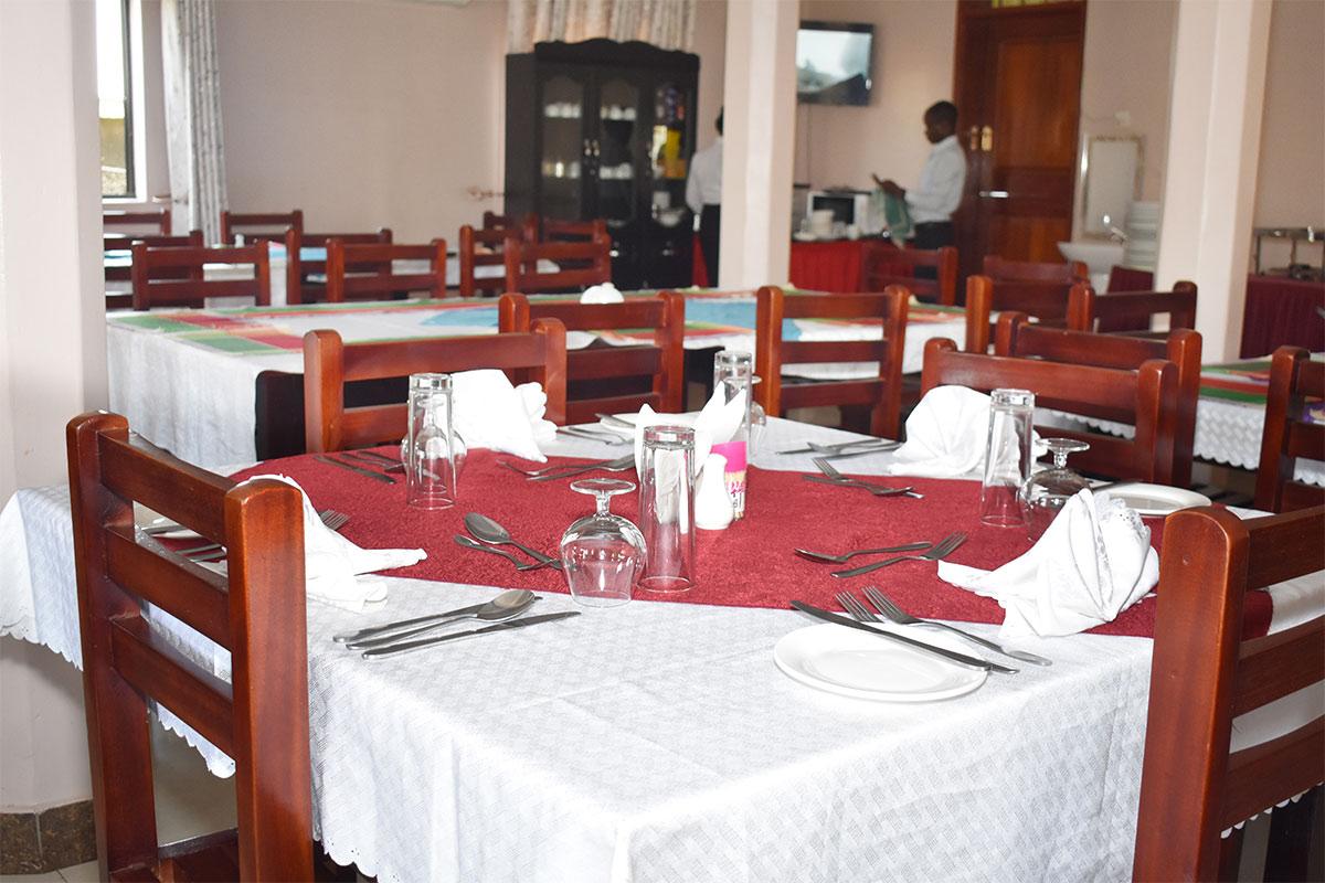 https://www.kasese.go.ug/wp-content/uploads/2020/06/restaurant-2.jpg